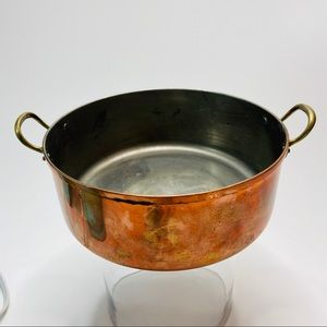 "Kitchen - Vintage Copper Pot with Handles 8.5"" Across"
